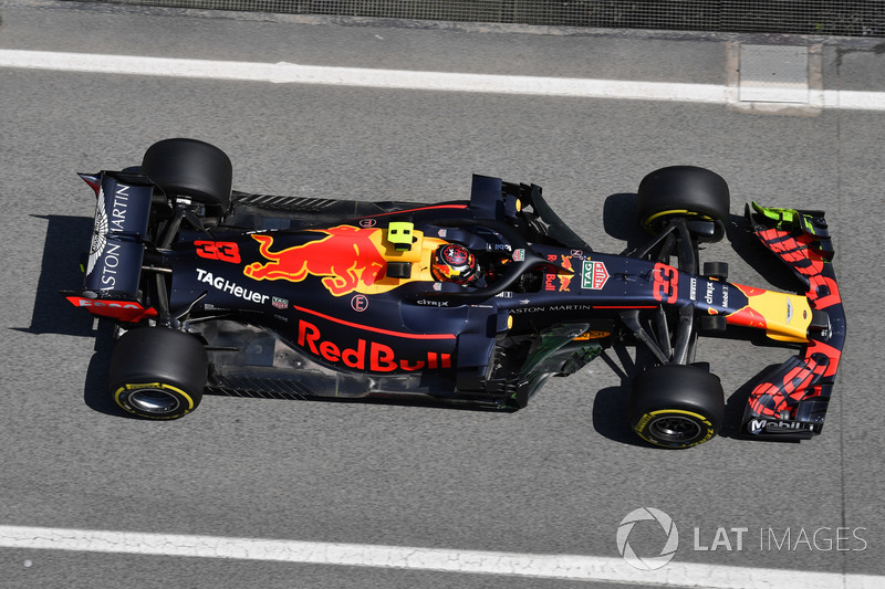 Max Verstappen, Red Bull Racing RB14 con parafína aerodinámica en el ala delantera