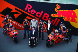 Bradley Smith, Red Bull KTM Factory Racing, Pol Espargaro, Red Bull KTM Factory Racing, Mika Kallio, Red Bull KTM Factory Racing, Pit Beirer, KTM Head of Motorsport, Hubert Trunkenpolz, Members of Board KTM, Mike Leitner, Team manager Red Bull KTM Factory