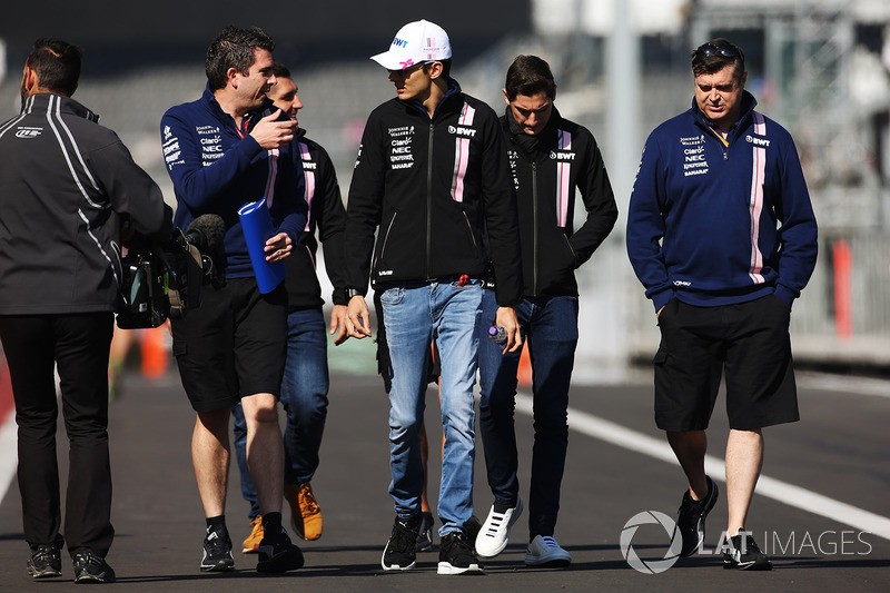 Esteban Ocon, Force India, conducts a track walk with colleagues