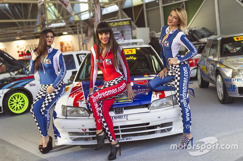 Modelle al Motor Show di Bologna