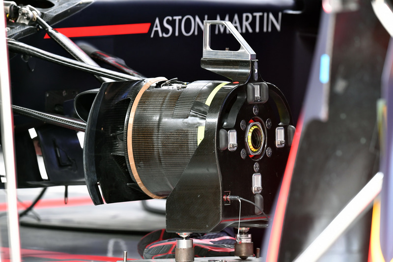 Wheel hub Red Bull Racing RB14