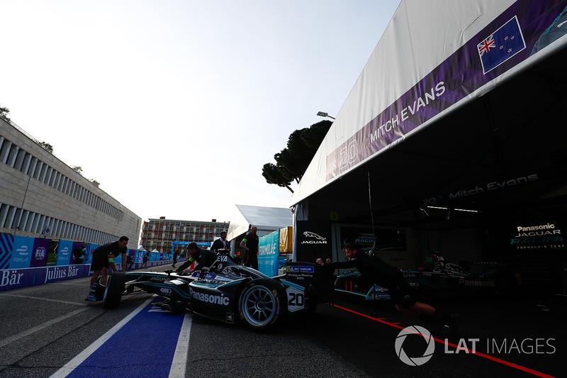 Mitch Evans, Jaguar Racing, lascia il garage