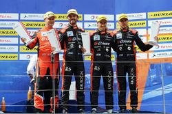 Podium : les vainqueurs #26 G-Drive Racing Oreca 07 - Gibson: Roman Rusinov, Andrea Pizzitola, Jean-Eric Vergne,