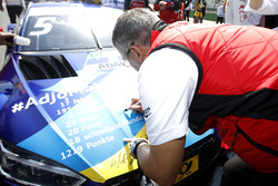 ДІтер Гасс, Head of DTM Audi Sport, та Маттіас Екстрьом, Audi Sport Team Abt Sportsline