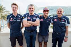 Serguei Beloussov with Daniil Kvyat, Toro Rosso, Carlos Sainz Jr., Toro Rosso and Scuderia Toro Rosso Team Principal, Franz Tost