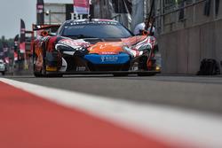 #188 Garage 59 McLaren 650 S GT3: Alexander West, Chris Goodwin, Chris Harris, Andrew Watson