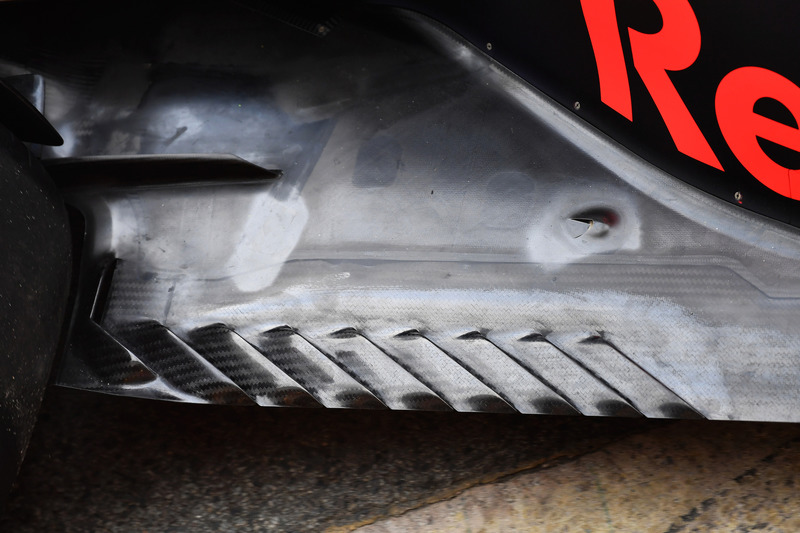 Red Bull Racing RB14 detalle del piso trasero