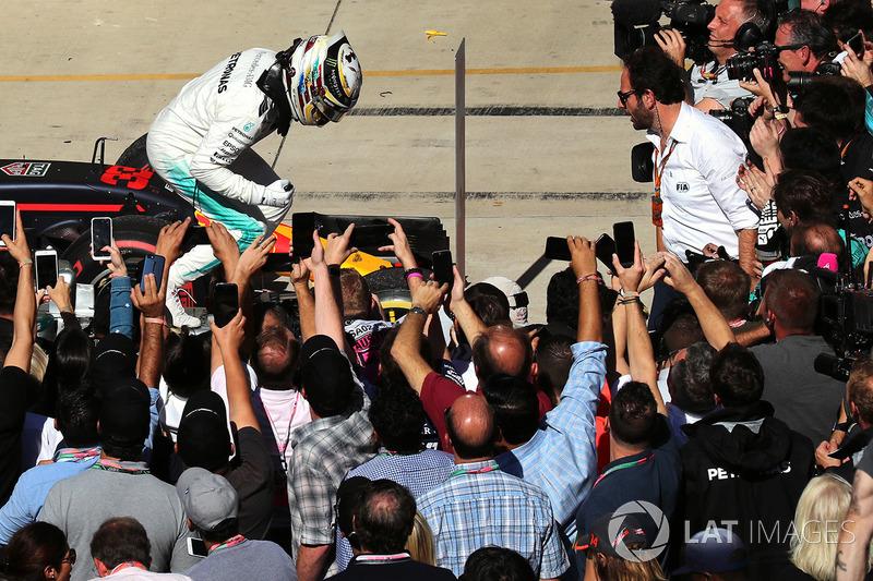 Ganador de Estados Unidos 2017 Lewis Hamilton, Mercedes AMG F1