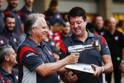 Wheel gun trophy presented by Gene Haas, Team Owner, Haas F1 Team