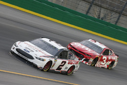 Brad Keselowski, Team Penske, Ford Fusion Discount Tire Austin Dillon, Richard Childress Racing, Chevrolet Camaro AAA