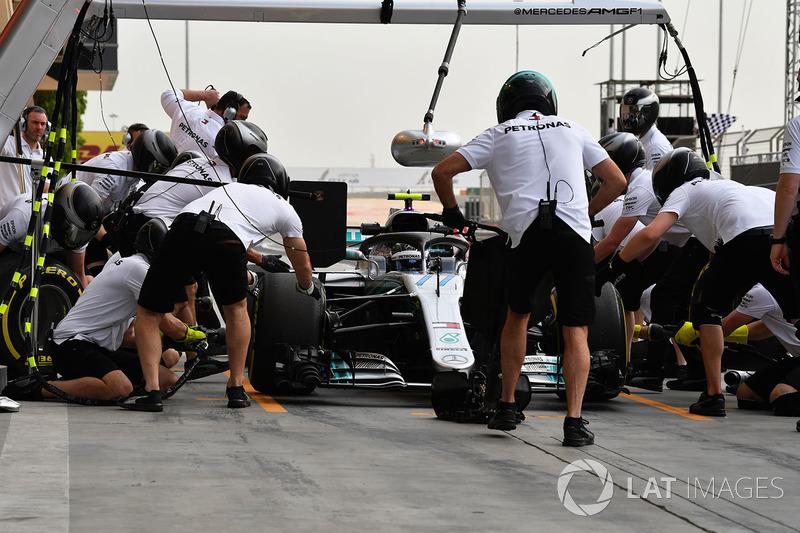 Valtteri Bottas, Mercedes-AMG F1 W09 EQ Power+ pit stop