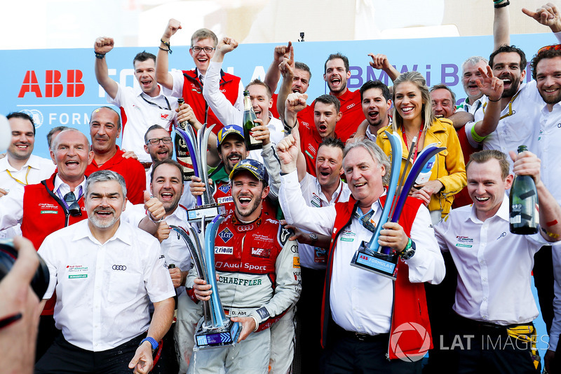 Lucas di Grassi, Audi Sport ABT Schaeffler, places 2nd, Daniel Abt, Audi Sport ABT Schaeffler, wins the Berlin ePrix