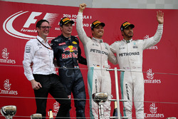 Andy Shovlin, Mercedes AMG F1 Chief Engineer, Max Verstappen, Red Bull Racing, race winner Nico Rosberg, Mercedes AMG F1 and Lewis Hamilton, Mercedes AMG F1 celebrate on the podium