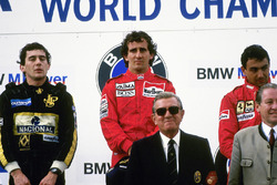 Podium: race winner Alain Prost, McLaren, second place Ayrton Senna, Lotus, third place Michele Alboreto, Ferrari