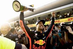 Yarış galibi Daniel Ricciardo, Red Bull Racing