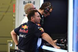 Christian Horner, Red Bull Racing Takım Patronu ve Dr Helmut Marko, Red Bull Motorsporları Danışmanı