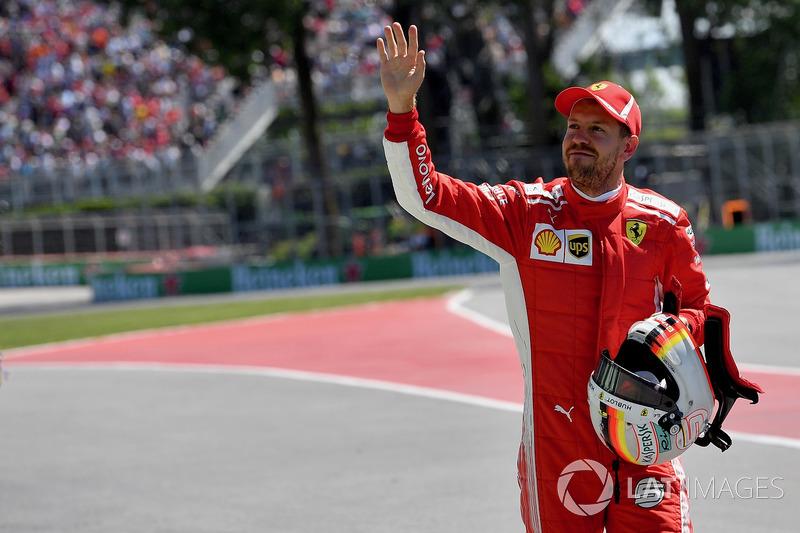 Vettel'den 54. pole