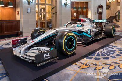 Mercedes livery unveil
