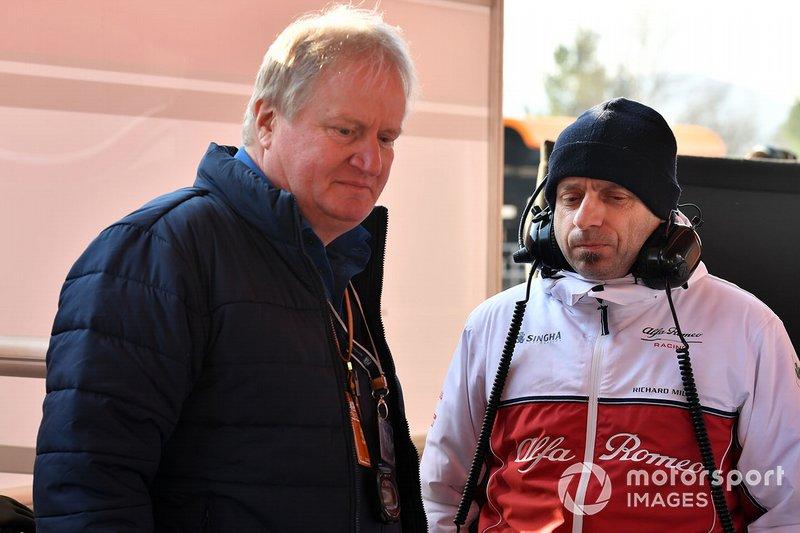 Jo Bauer, délégué technique de la FIA et Simone Resta, directeur technique Alfa Romeo Racing