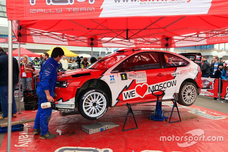 2013 год – Евгений Новиков и Илка Майнор, Ford Focus RS WRC 09