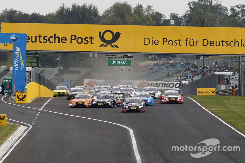 Start: Marco Wittmann, BMW Team RMG, BMW M4 DTM, und Jamie Green, Audi Sport Team Rosberg, Audi RS 5 DTM, in Problemen