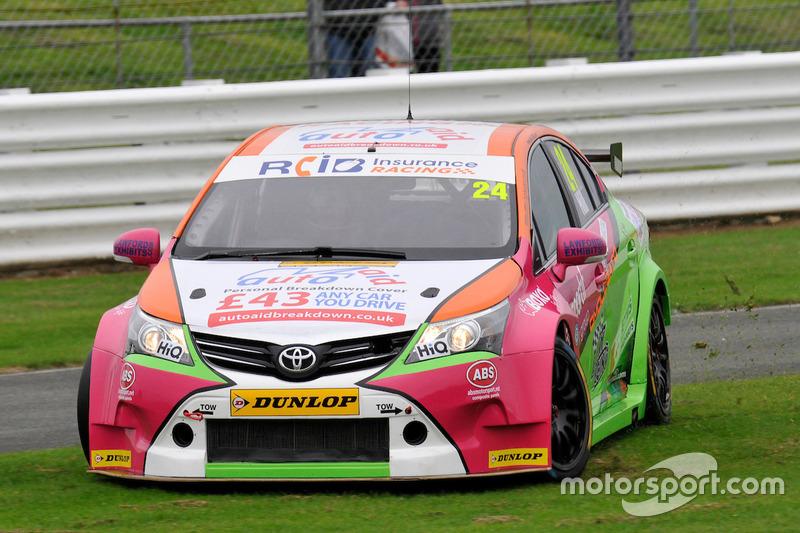 #24 Jake Hill, RCIB Insurance Racing, Toyota Avensis