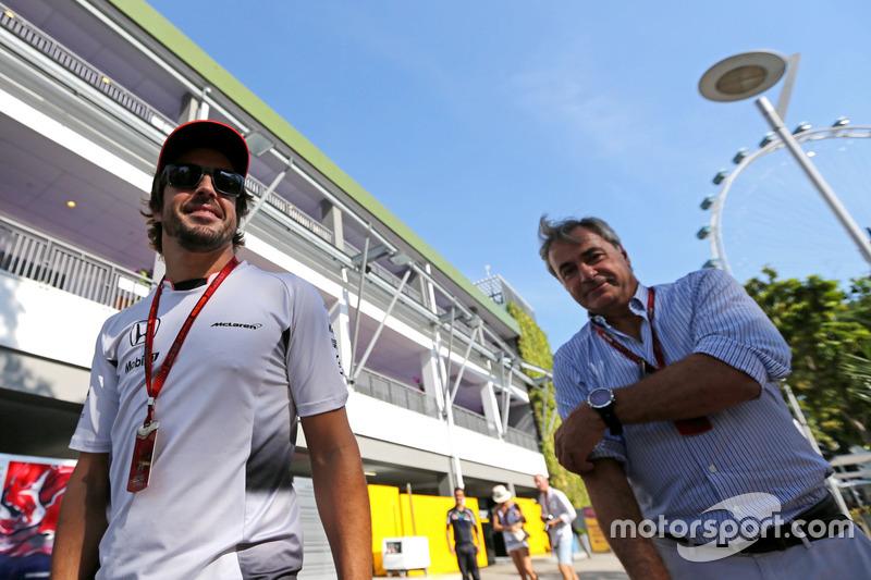 Фернандо Алонсо, McLaren Honda, Карлос Сайнс