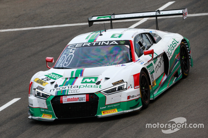 Audi besticht mit Konstanz
