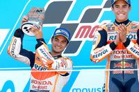 Подіум: переможець Марк Маркес, Repsol Honda Team, друге місце Дані Педроса, Repsol Honda Team
