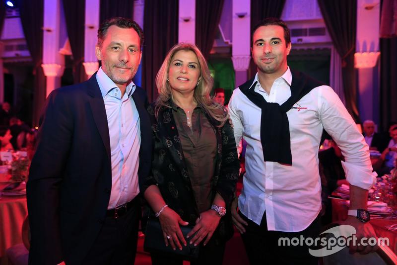 François Ribeiro, Eurosport Motorsport Director, Mehdi Bennani, Sébastien Loeb Racing, Citroën C-Elysée WTCC
