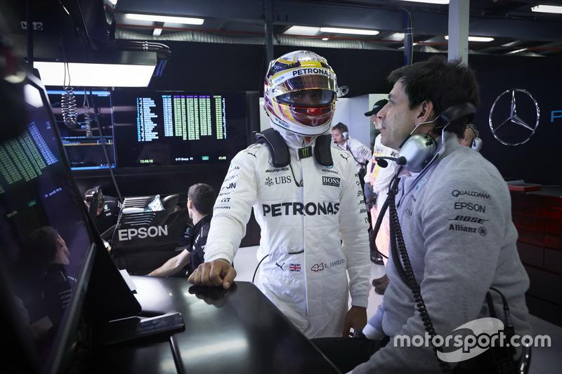 Lewis Hamilton, Mercedes AMG, con Toto Wolff, Mercedes AMG