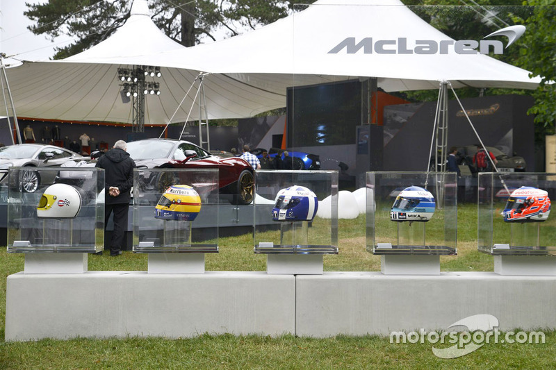 McLaren colección de cascos