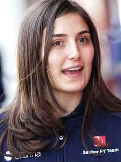 Tatiana Calderon, Sauber Development Driver