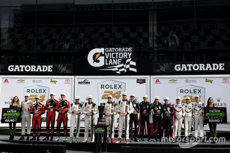 Podium Endurance Cup: #10 Wayne Taylor Racing Cadillac DPi: Ricky Taylor, Jordan Taylor, Max Angelel