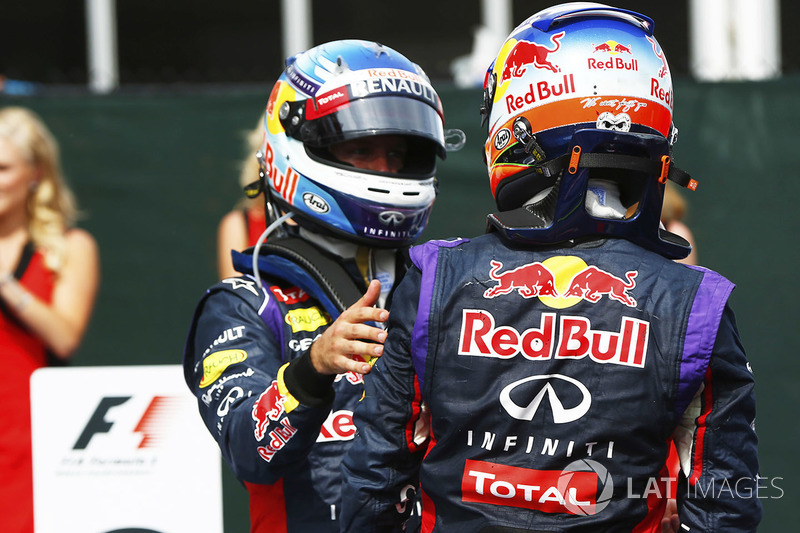Yarış galibi Daniel Ricciardo, Red Bull Racing ve Sebastian Vettel, Red Bull Racing, parc ferme