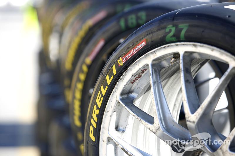 Pirelli neumáticos
