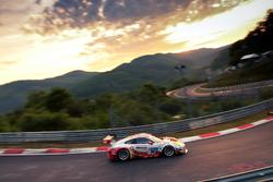 №30 Frikadelli Racing Team, Porsche 991 GT3-R: Клаус Аббелен, Сабине Шмиц, Андреас Циглер, Алекс Мюллер