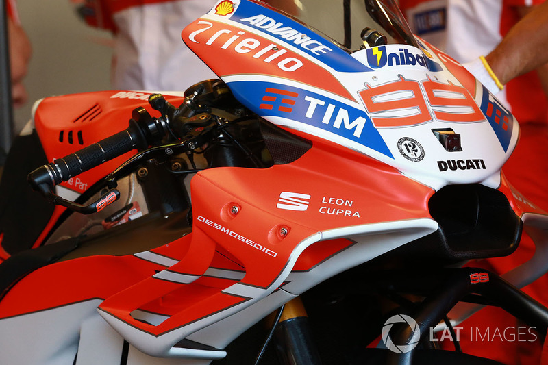 Обтічник на байку Хорхе Лоренсо, Ducati Team
