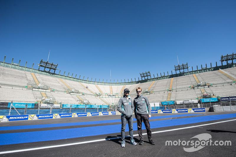 Nelson Piquet Jr., NEXTEV TCR Formula E Team and Oliver Turvey, NEXTEV TCR Formula E Team