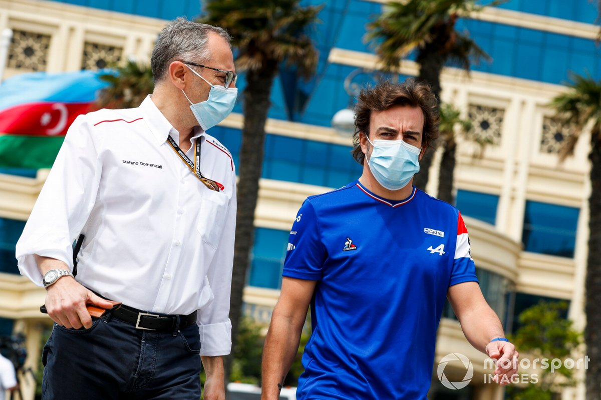 Stefano Domenicali, CEO, Formula 1 and Fernando Alonso, Alpine F1