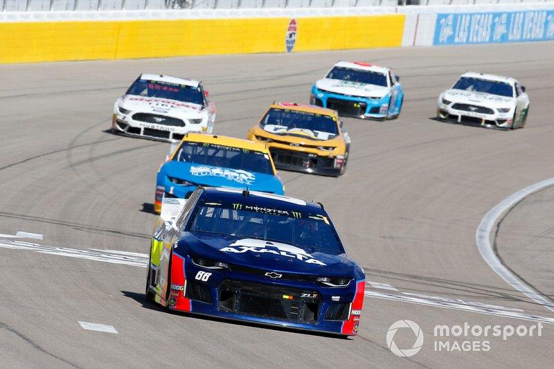 Alex Bowman, Hendrick Motorsports, Chevrolet Camaro Axalta and Kurt Busch, Chip Ganassi Racing, Chevrolet Camaro Star Nursery