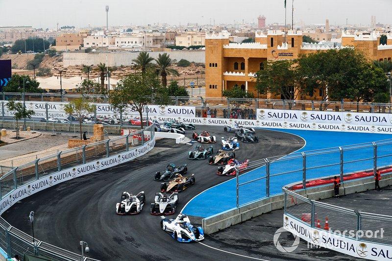 Антоніу Фелікс да Кошта, BMW I Andretti Motorsports, BMW iFE.18, лідирує