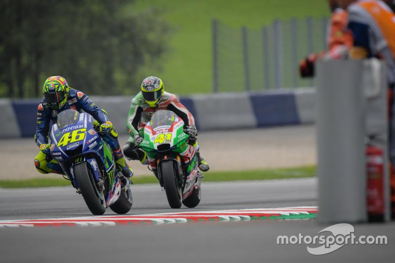 Valentino Rossi, Yamaha Factory Racing, Aleix Espargaró, Aprilia Racing Team Gresini