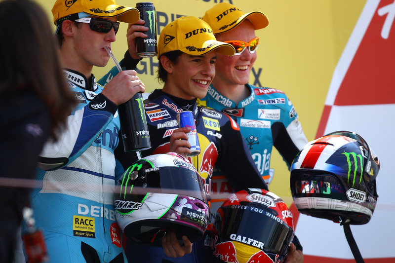 Podio: 1º Marc Márquez, 2º Pol Espargaró, 3º Bradley Smith