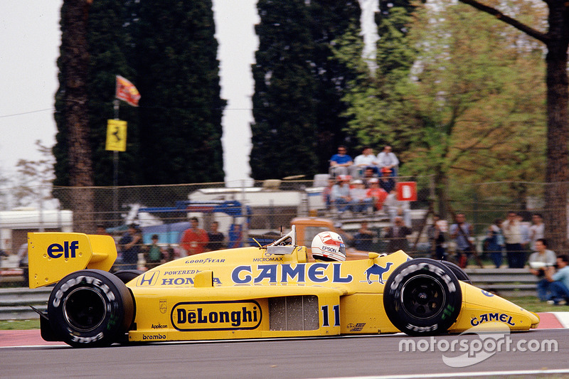 #11 : Satoru Nakajima, Team Lotus, Honda 99T