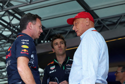 Керівник  Red Bull Racing Крістіан Хорнер, невиконавчий директор Mercedes AMG F1 Нікі ЛАуда