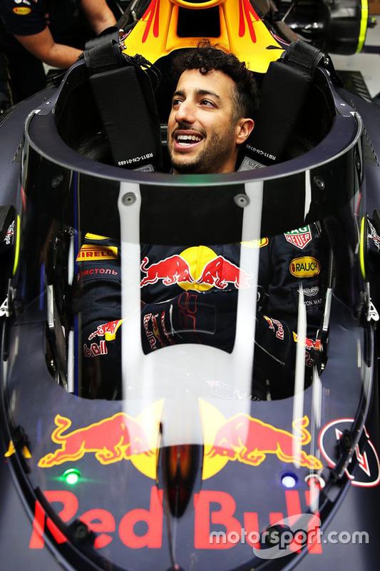 Daniel Ricciardo im Cockpit