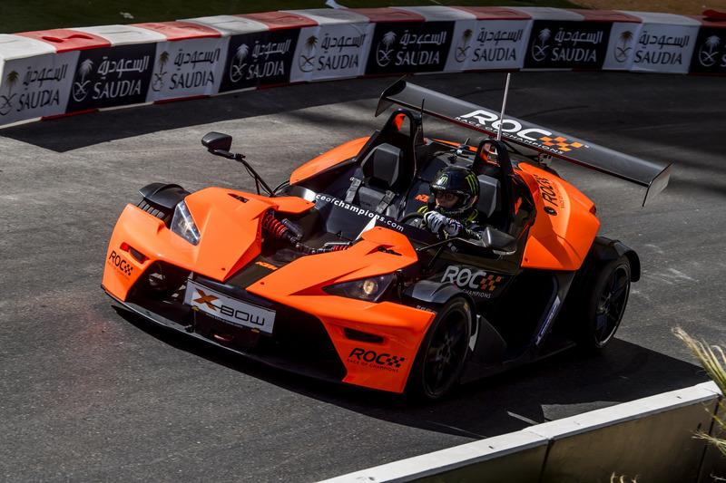 Petter Solberg maneja el KTM X-Bow Comp R