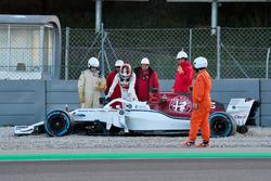 Вылет с трассы: Шарль Леклер, Alfa Romeo Sauber C37