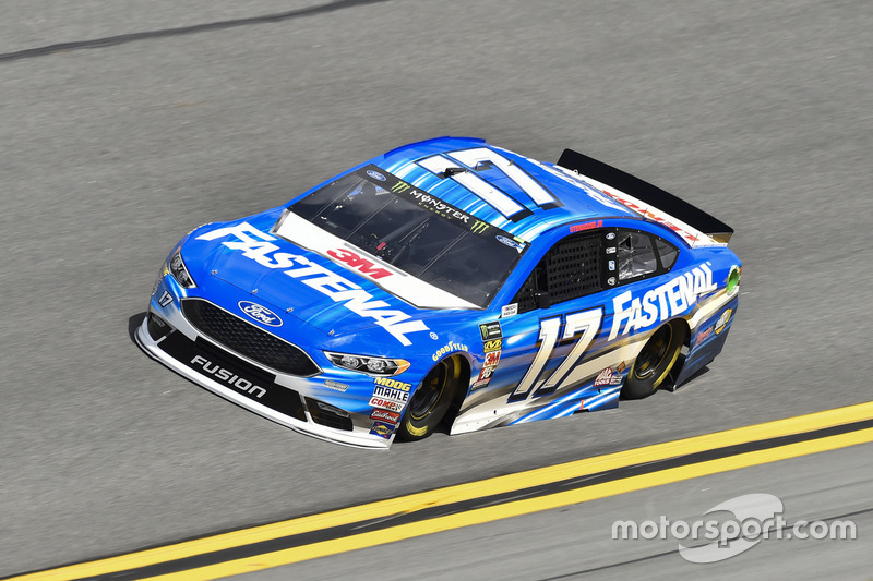 Crash: Ricky Stenhouse Jr., Roush Fenway Racing, Ford